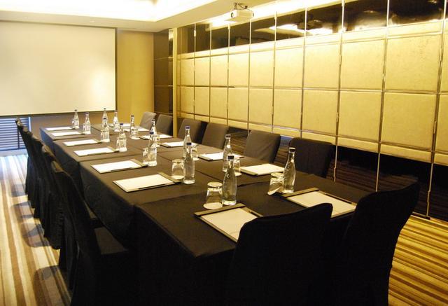 GMT Room I
