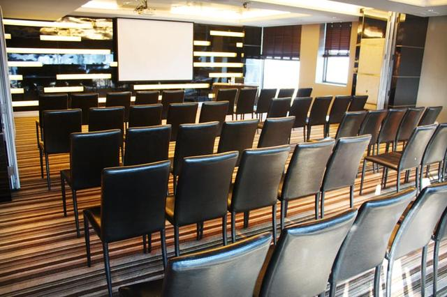 GMT Room II