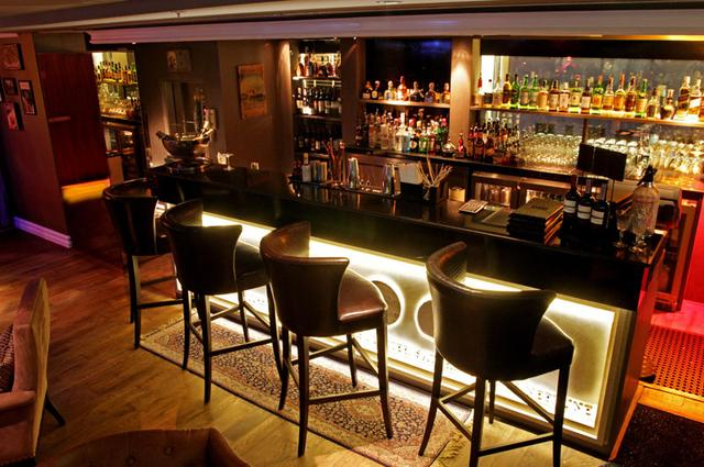 Axis & Spin Sky Lounge and Bar