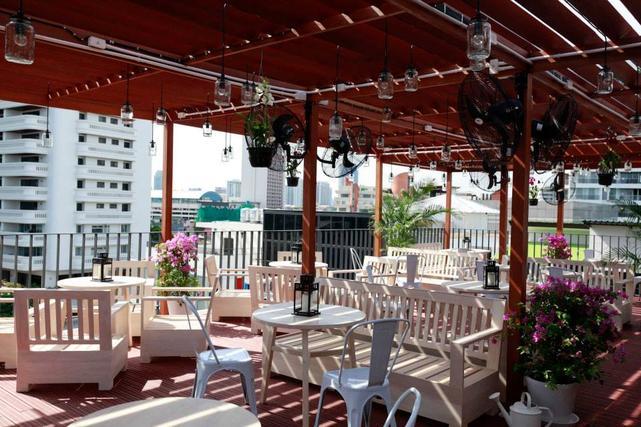 Rooftop Garden Bar