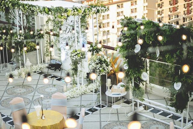 Bustan Rooftop, Floor 16