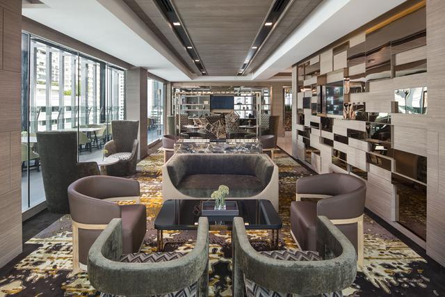 Solitaire Bangkok Sukhumvit 11 - Club Sky Rooftop Lounge & Bar