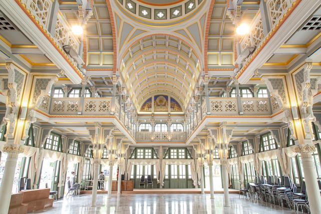 Thewaratsapharom Hall (พระราชที่นั่งเทวราชสภารมย์)