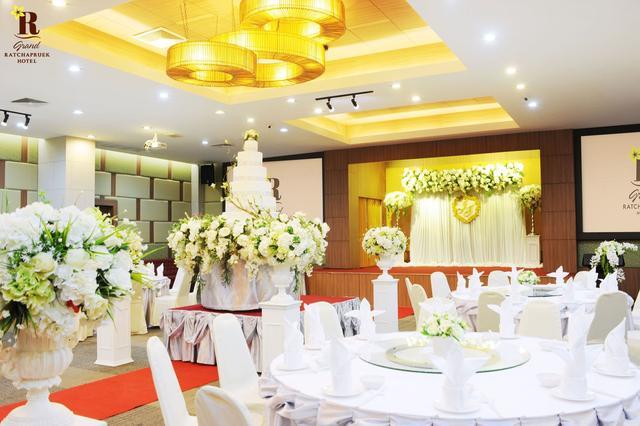 แกรนด์ราชพฤกษ์บอลรูม (Ratchapruek Grand Ball Room)