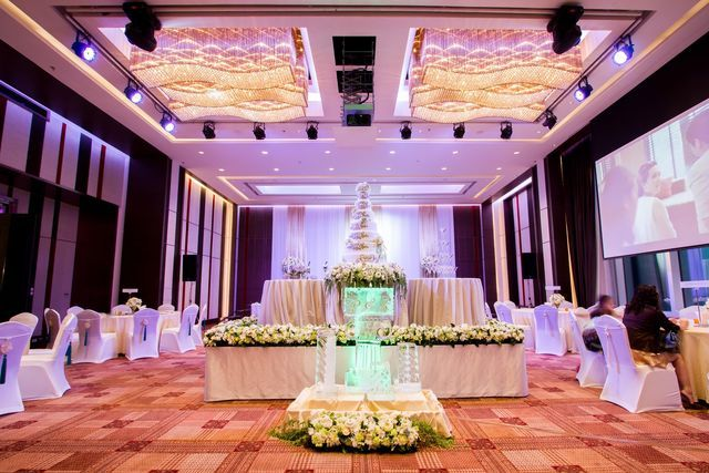 Surasak Ballroom (11th FL.) Wedding and Dinner