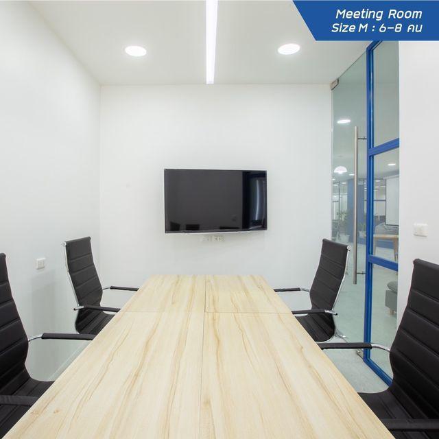 WorkWize - Meeting Room (สำหรับ 6-8 ท่าน)