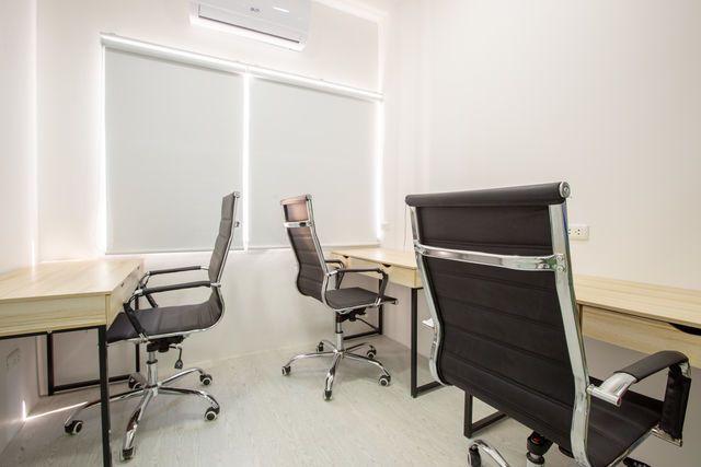 Meeting Room (2-3 คน)