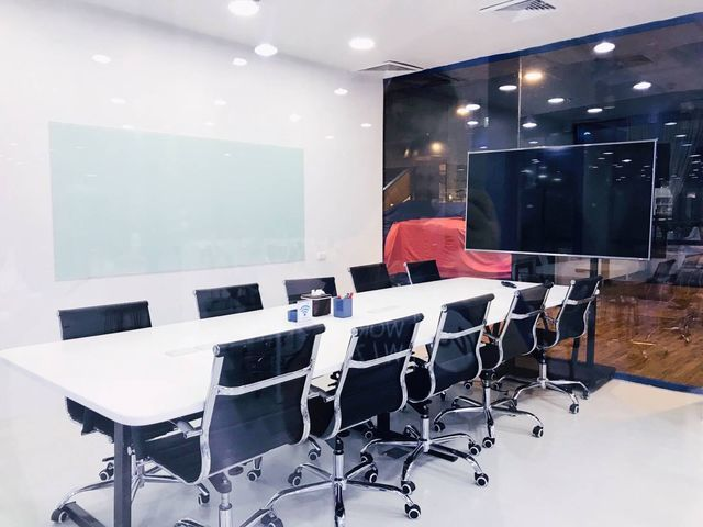 Meeting Room (12-14 คน)
