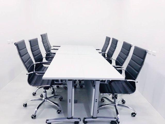 Meeting Room  (8-10 คน)