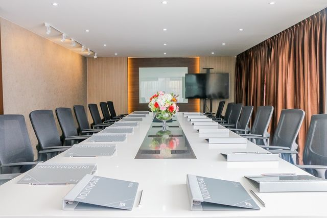 ONYX MEETING ROOM