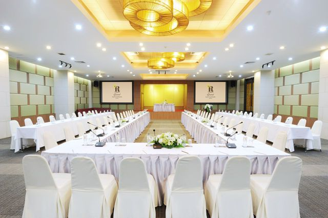 งานประชุม ห้องแกรนด์ราชพฤกษ์บอลรูม (Ratchapruek Grand Ball Room)