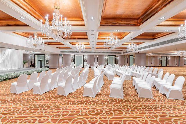 1579857990-Silom Ballroom 2020_Holiday Inn Bangkok Silom.jpg