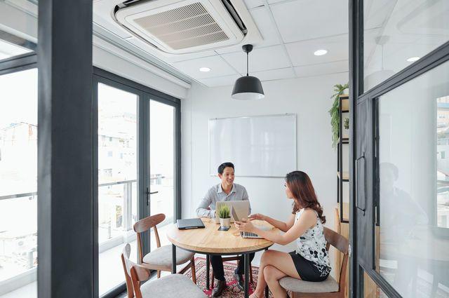 5 Pax Meeting Room