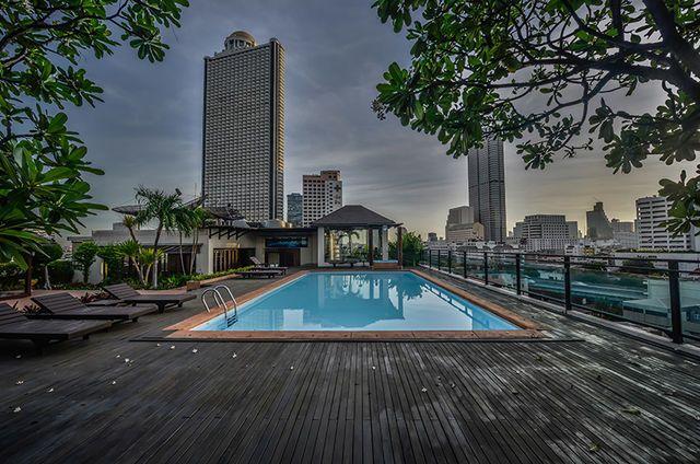 Poolside+Garden