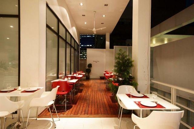 I-Sky Restaurant