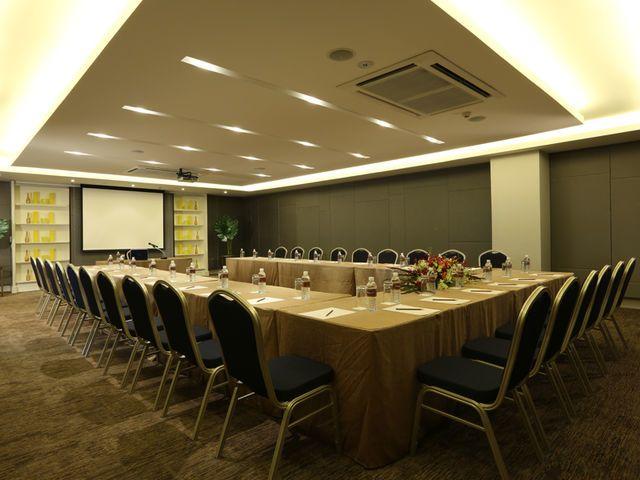 Feungfaa Meeting Room