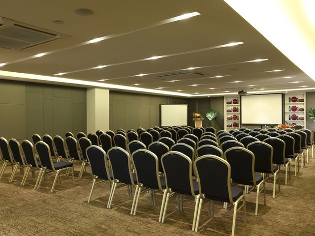 Kannika Meeting Room