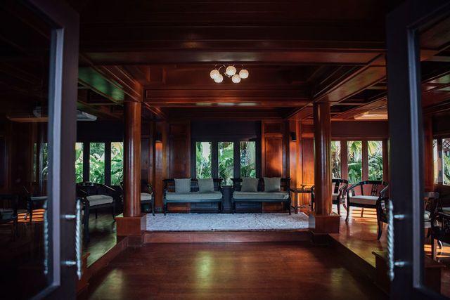 Kantok Room