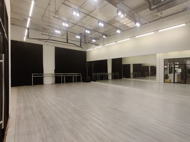 rumPUREE World Dance Studio