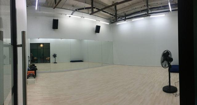Professional Dance Studio B (Samyan)