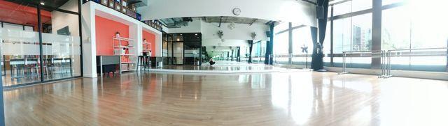 Professional Dance Studio A (Asok)